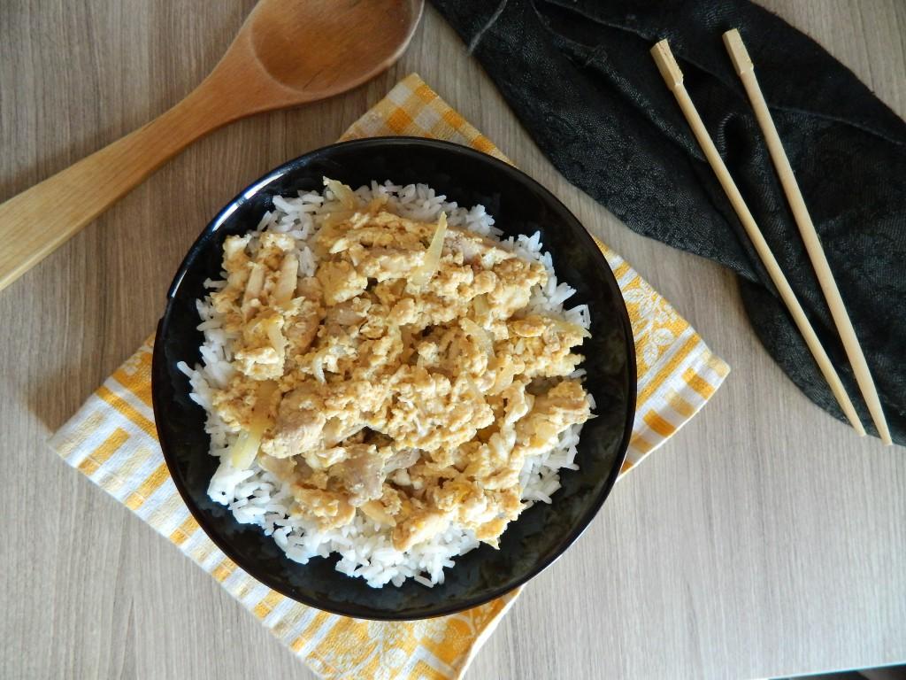 arroz con pollo y huevo 1